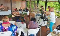 FijiAA189658adj.jpg